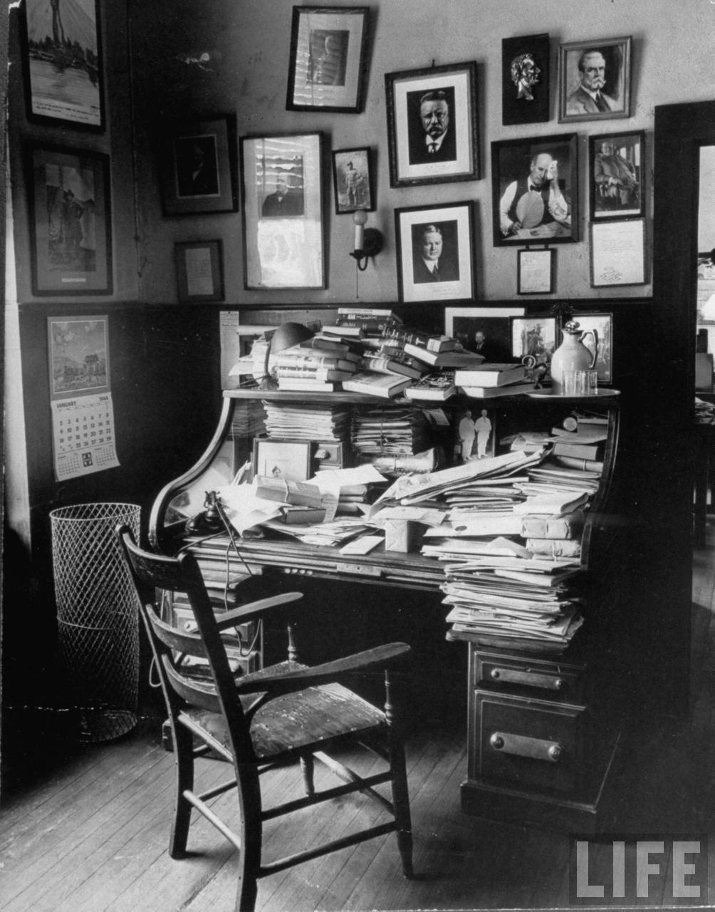 A Man S Desk Is The Portal To His Mind How Good Design