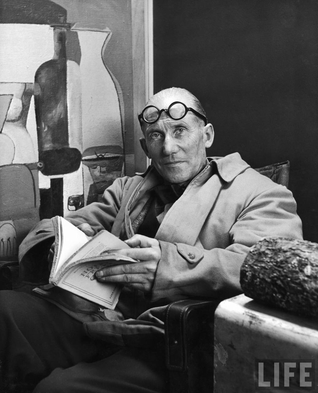 "Le Corbusier | The Father of ""International Style"" Design 