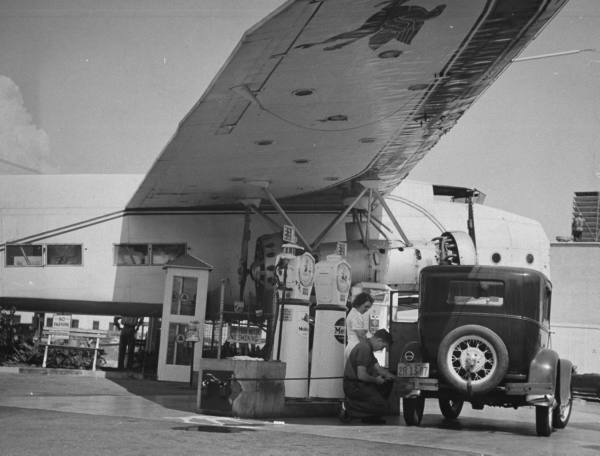 Airplane Gas Stations RoadsideArchitecture.com